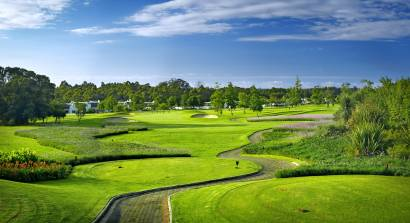 "Golfen im Paradies: Fancourt bietet vier 18-Loch Championship Golfplätze, designed by Gary Player. ""The Links"", ""The Montagu"" und ""The Outeniqua"" sind seit Jahren unter den Top 10 der Golfplätze in Südafrika. Foto: Fancourt"
