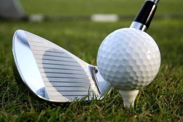 Golfball. Foto: Krzysztof Urbanowicz/cc/https://www.flickr.com/photos/kurbanowicz/12758383654/