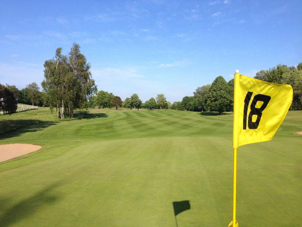 Golfen mit einer Fernmitgliedschaft